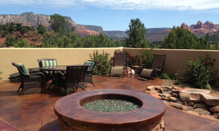 custom-fire-pit-red-rock-fireplaces-stone-sedona-az